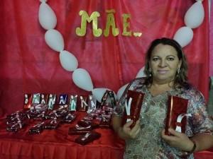 Secretaria de Assistência Social  realiza jantar para as mães do grupo de Idosos