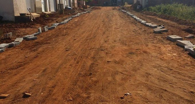 Pavimentação de ruas em Brejo dos Santos