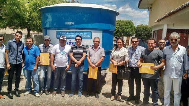 Prefeitura Municipal consegue junto a Cagepa 05 depósitos de àgua para beneficiar a população