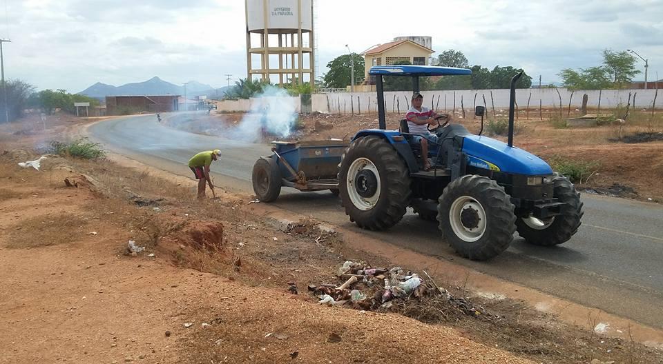 """Prefeitura municipal de Brejo dos Santos deu início a limpeza do famoso """"contorno """""""