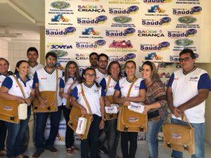 Read more about the article Entregar equipamentos para agentes de saúde