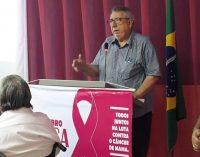 O Prefeito Dr. Lauri Ferreira participando da audiência pública na Câmara Municipal sobre o outubro Rosa.