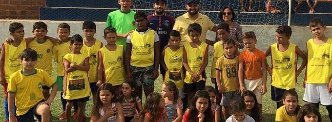 Iniciada a escolinha infantil de futebol do Cruzeiro