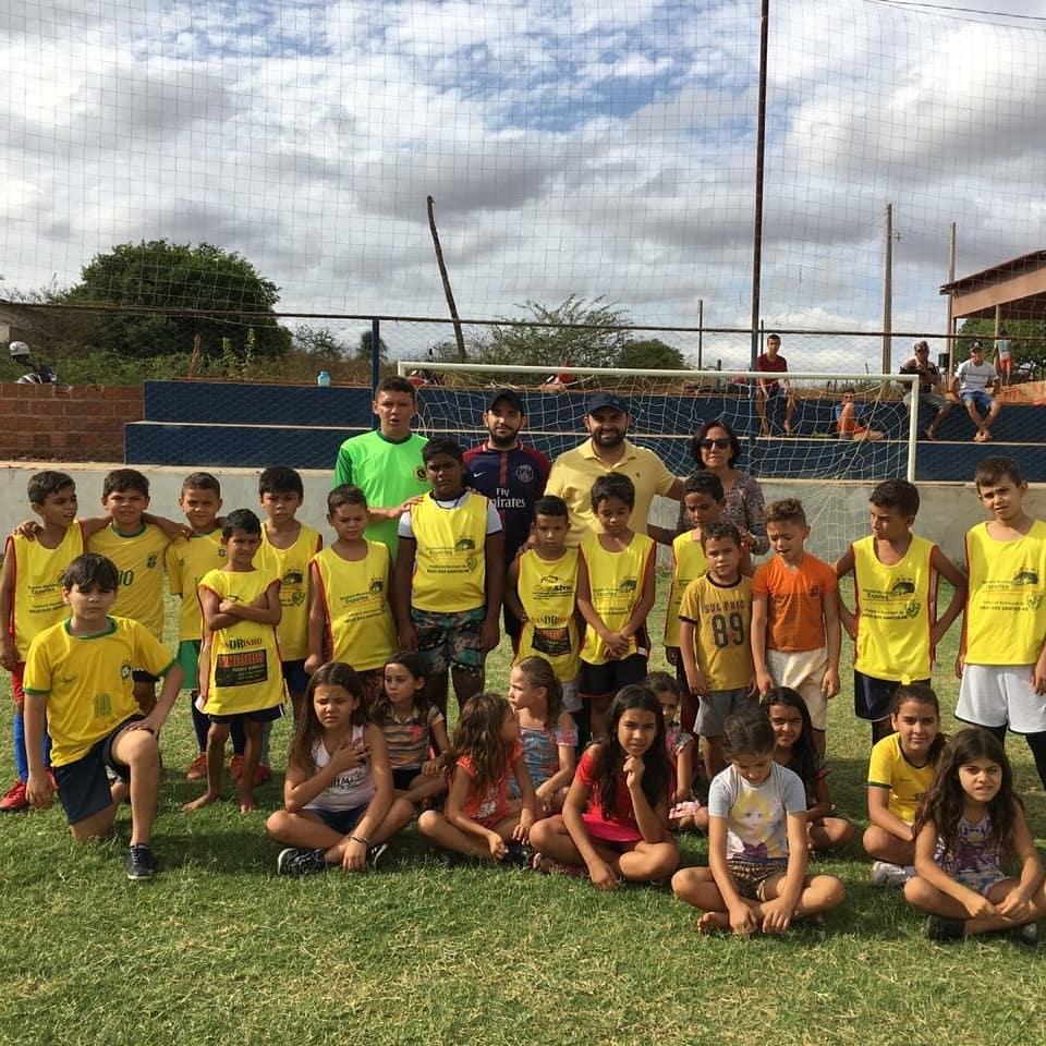 Read more about the article Iniciada a escolinha infantil de futebol do Cruzeiro